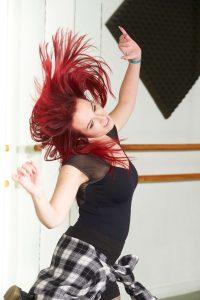 Lara moderno charock escuela de baile