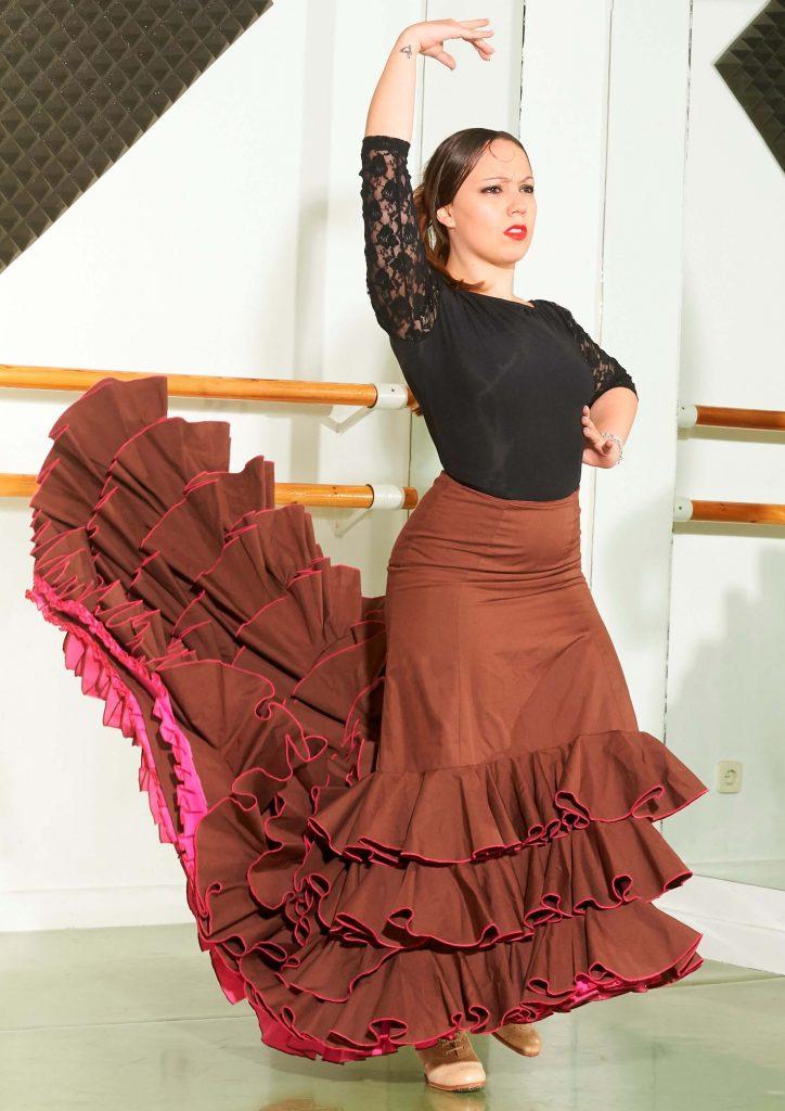 belen flamenco cola roja charock